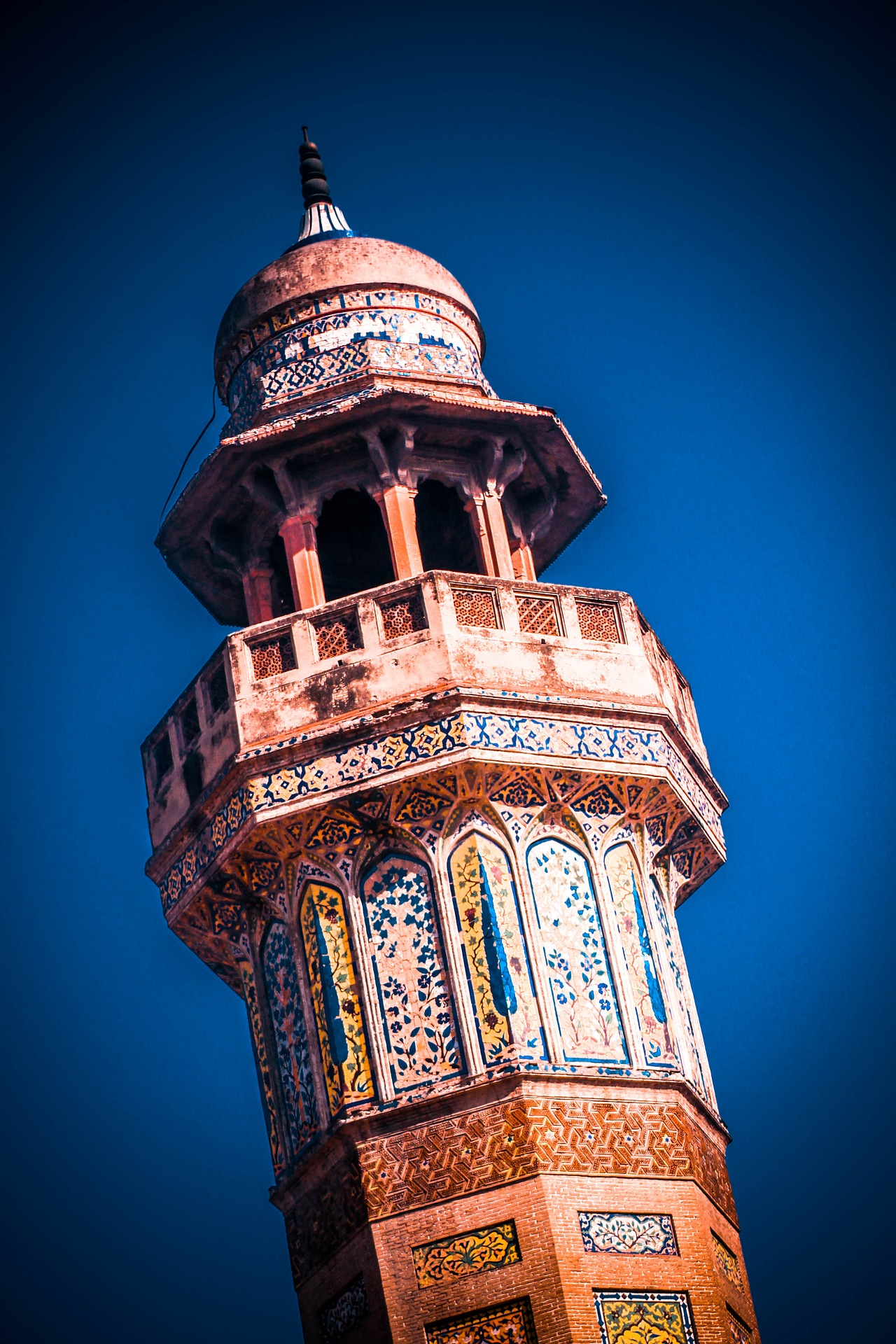 Things to explore in Pakistan - Wazir Khan mosque Lahore